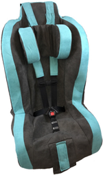 Roosevelt Pediatric Car Seat With Head Support in Turquoise Rain